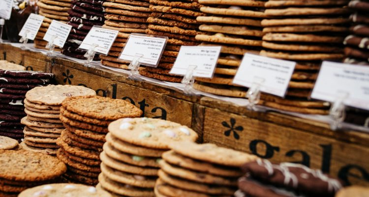 How to Sell Baked Goods at Farmers Markets
